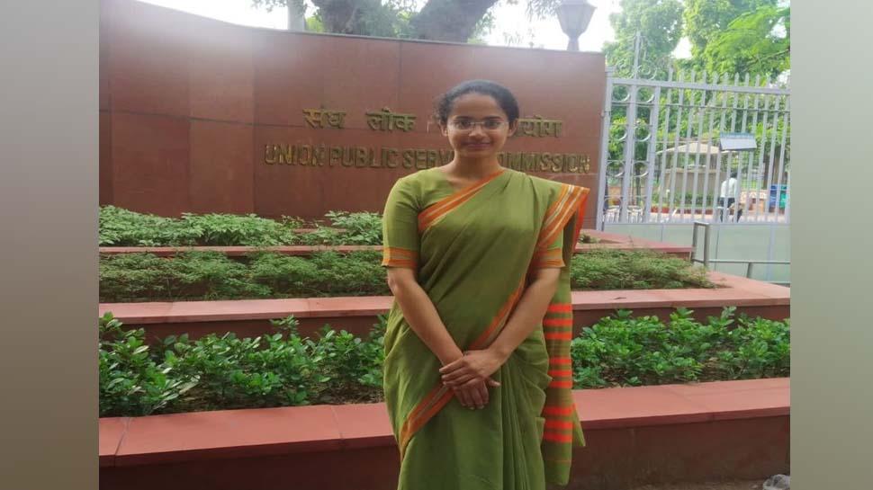 jagriti-awasthi UPSC TOPER
